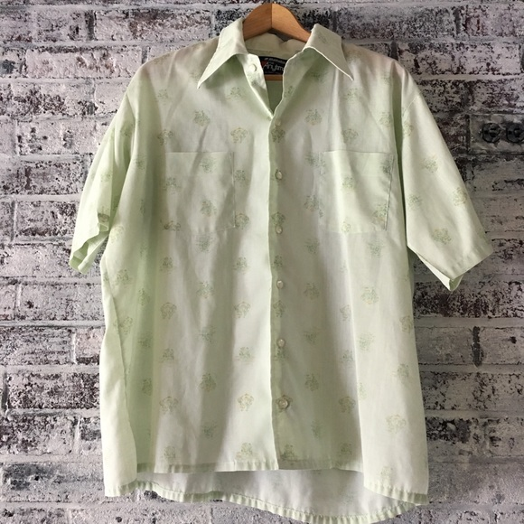 Other - Men's vintage/button down collared shirt